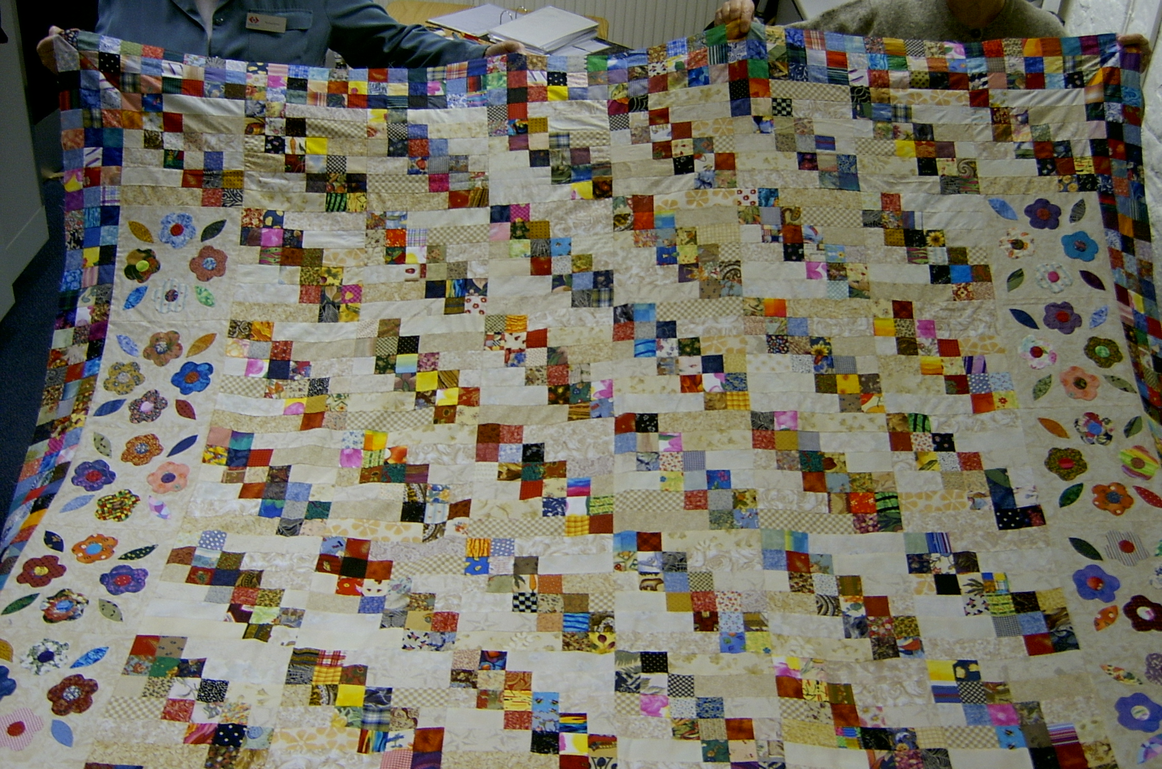 Gallery of confetti quilts for Jake quilted bedding